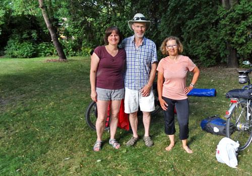Robert-his-wife-and-Karen