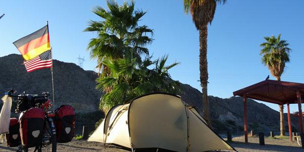 sabbatical-im-sattel-bullhead-camping-am-colorado-river-1