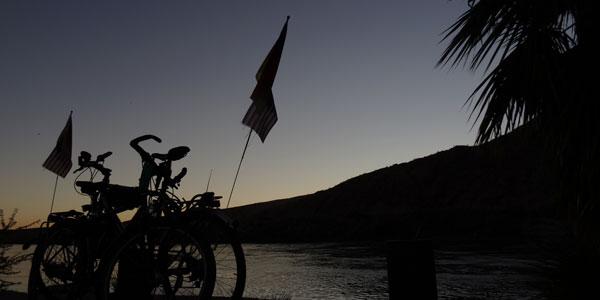 sabbatical-im-sattel-bullhead-camping-am-colorado-river-3