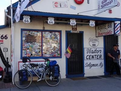 sabbatical-im-sattel-seligman-in-arizona-der-visitor-center