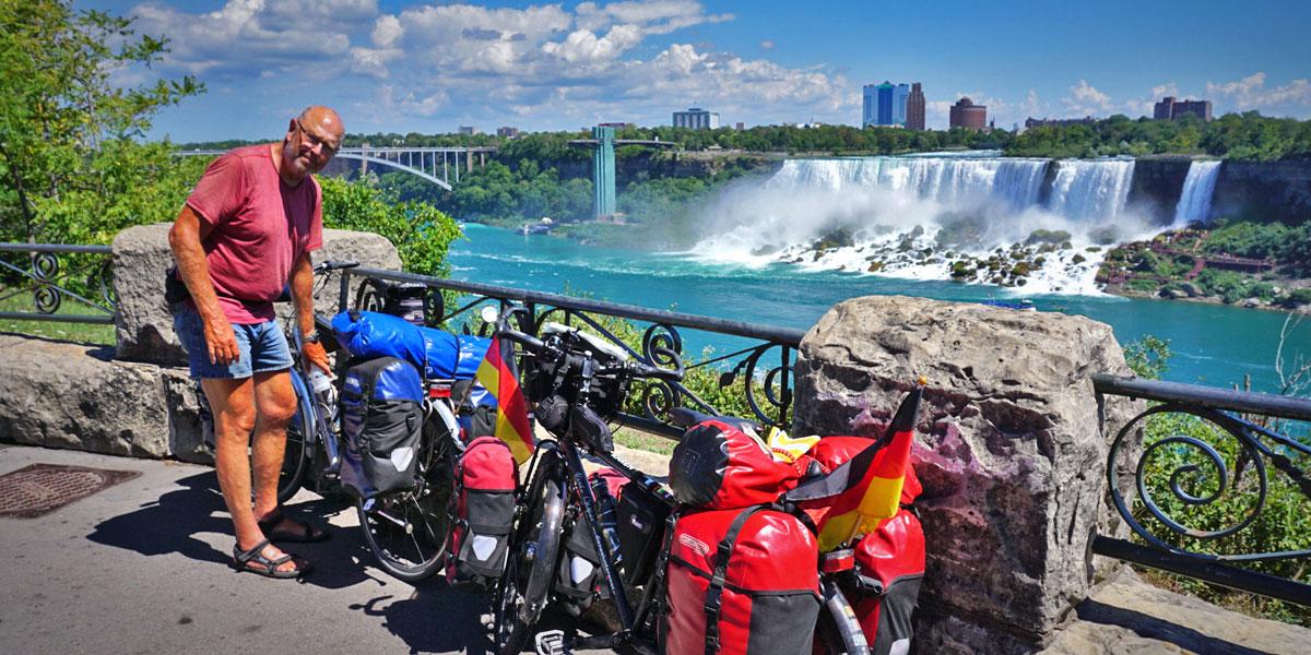 Werner Wilkens an den Niagara Fällen